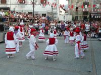 Fiestas patronales y danzas
